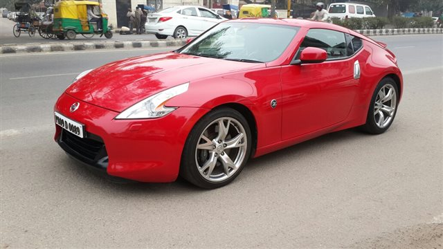 Nissan 370Z Touring Coupe AT 2011