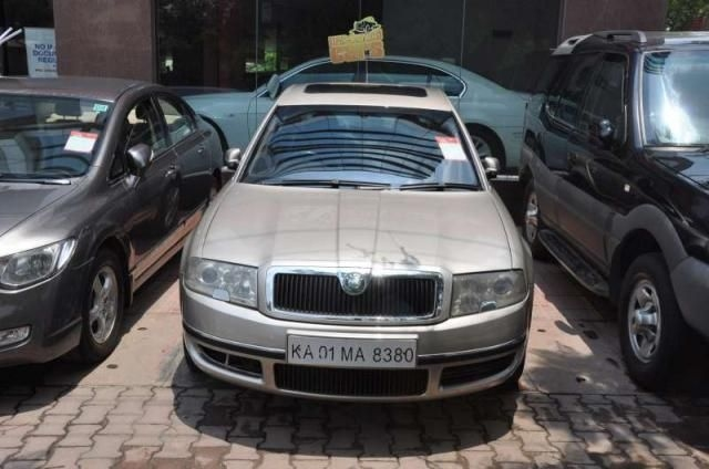 Skoda Superb Elegance 1.8 TSI AT 2005