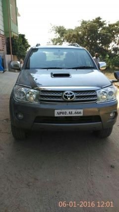 Toyota Fortuner 3.0 AT 4X4 2012