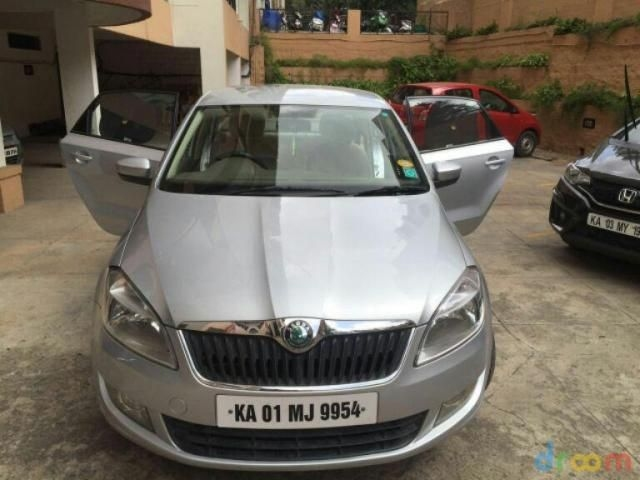 Skoda Rapid 1.6 TDI MT AMBITION PLUS 2013