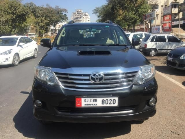 Toyota Fortuner 3.0 AT 4X2 2014