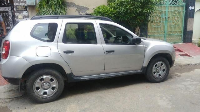 Renault Duster 110 PS RXL 4X2 MT 2015