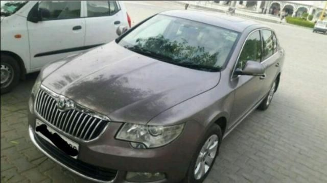 Skoda Superb 2.0 TDI PD 2012