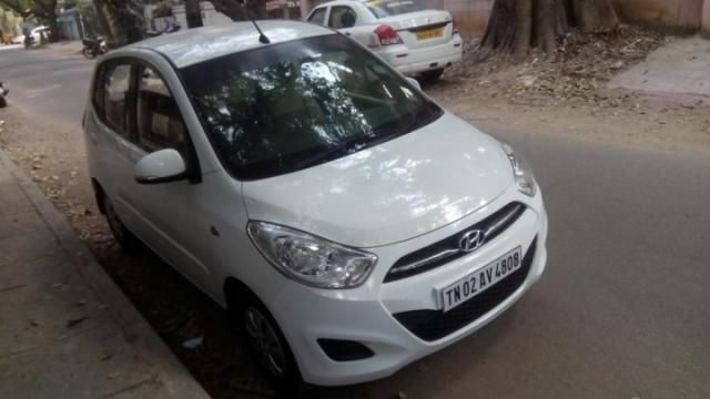Hyundai i10 Sportz 1.2 AT 2015