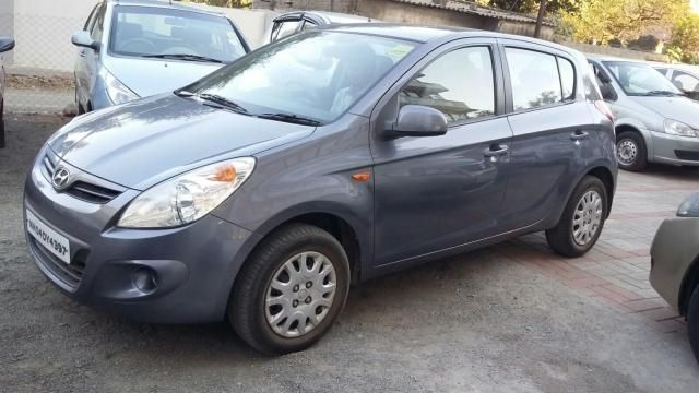 Hyundai i20 Sportz (AT) 1.8 2014