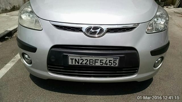 Hyundai i20 Asta 1.2 (O) With Sunroof 2012