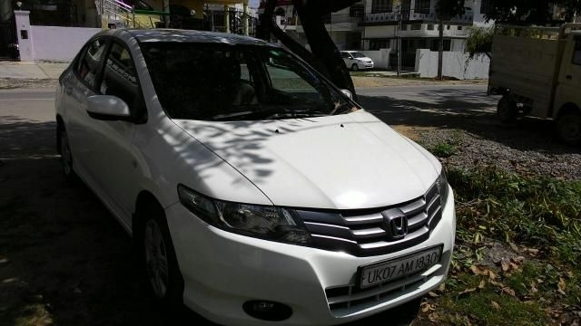 Honda City 1.5 E MT i-VTEC 2011