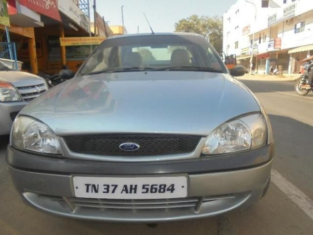 Ford Ikon 1.3 CLXI NXT 2004
