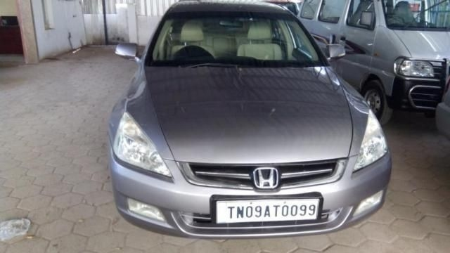 Honda Accord 3.0 V6 AT 2004