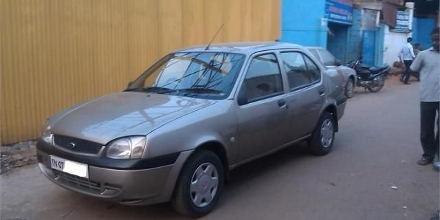 Ford Ikon 1.3 Flair 2004