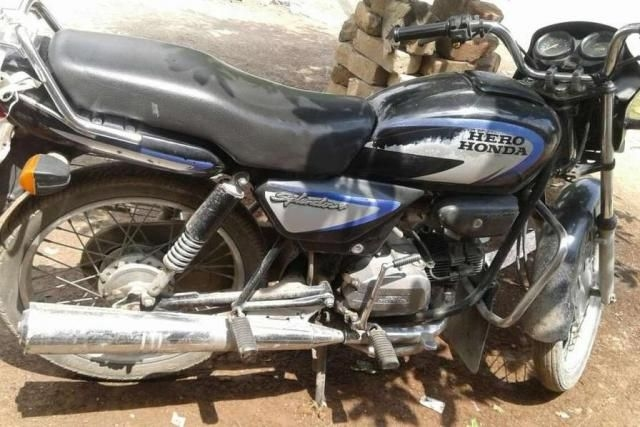 Hero Splendor Plus  100 cc 2004