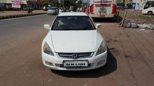 Honda Accord 2.4 i-VTEC MT 2005