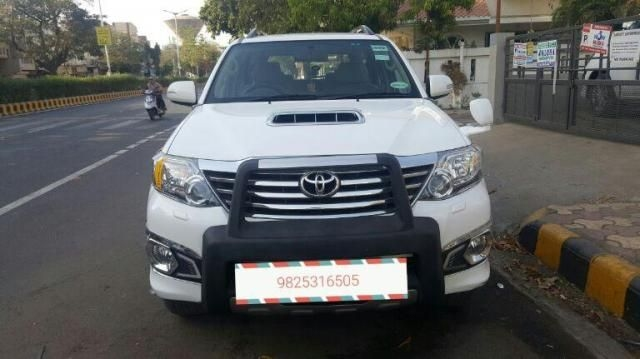 Toyota Fortuner 2.5 4x2 AT TRD Sportivo 2016