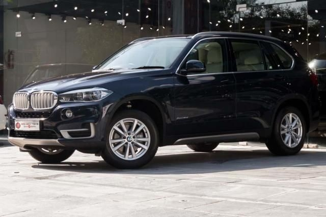 BMW X5 xDrive30d Design Pure Experience (7 Seater) 2017