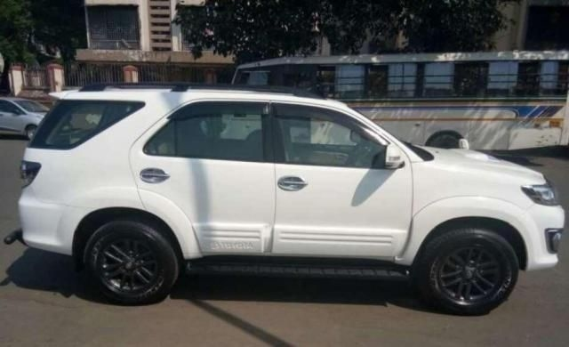Toyota Fortuner 3.0 4X2 AT 2015