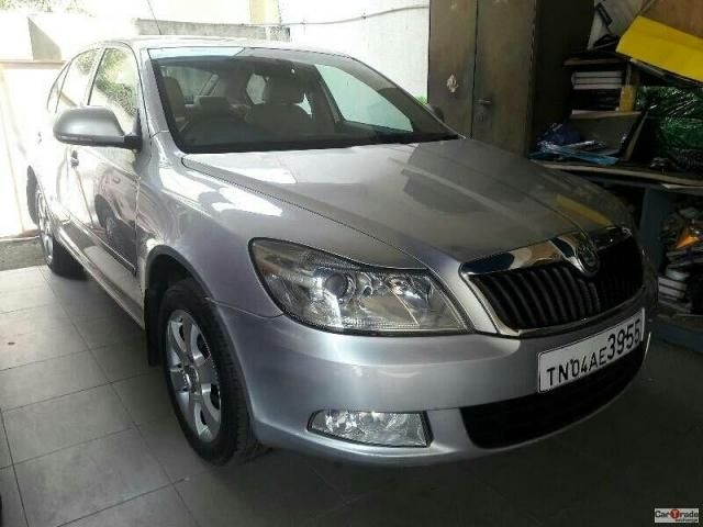 Skoda Rapid Ambition Plus 1.6 TDI CR 2012