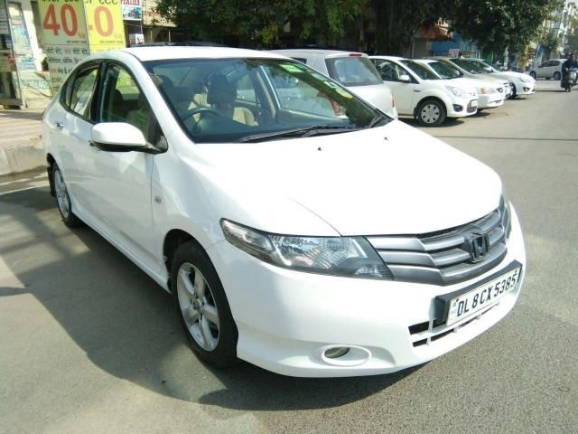 Honda City 1.5 V MT SUN ROOF 2012