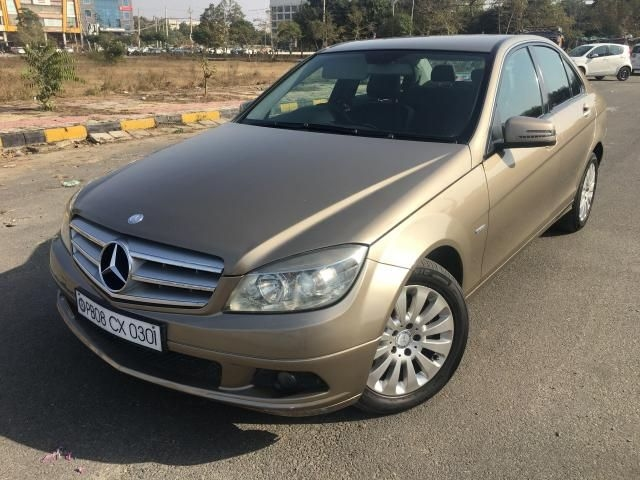 Mercedes-Benz C-Class 220 BlueEfficiency 2011