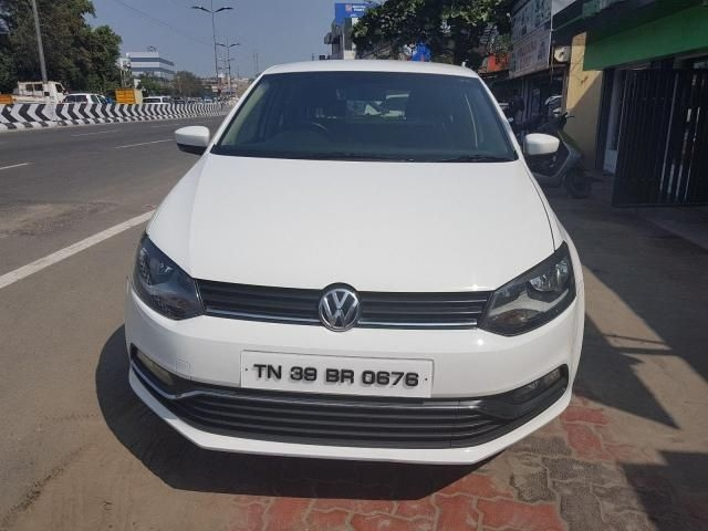 Volkswagen Polo Highline1.2L (P) 2015