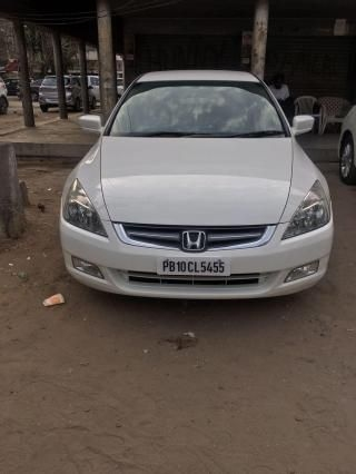 Honda Accord 2.4 i-VTEC MT 2006