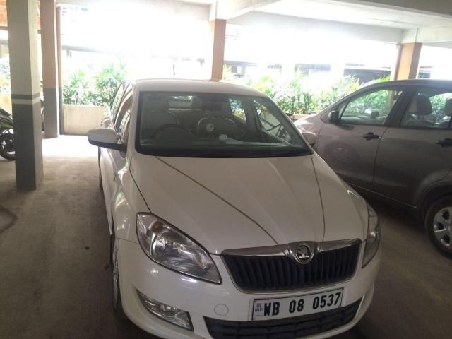 Skoda Rapid 1.6 TDI MT ACTIVE 2013