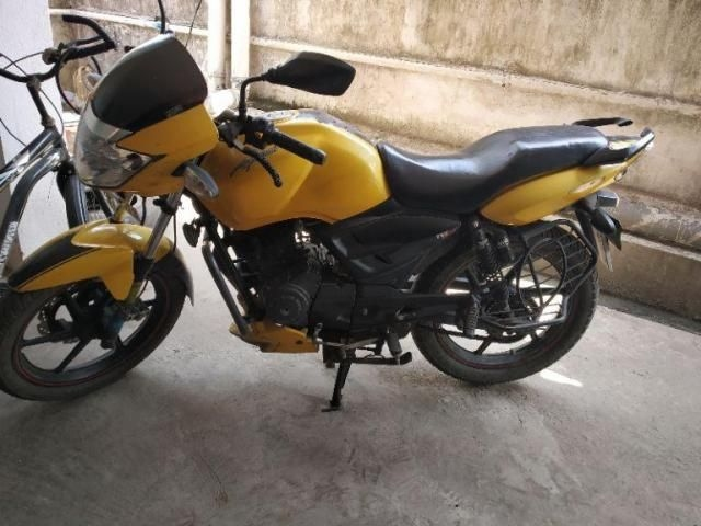 55 Used Yellow Color Tvs Apache Rtr Motorcycle/bike for Sale
