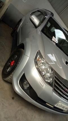 Toyota Fortuner 2.8 4x4 AT 2012