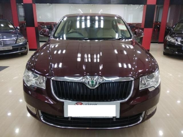 Skoda Superb AMBITION 2.0 TDI CR AT 2012