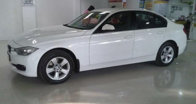 BMW 3 Series 320 D HIGHLINE 2012