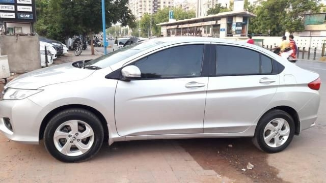 Honda City 1.5 V i-DTEC Exclusive 2014