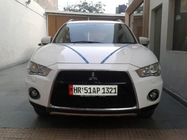Mitsubishi Outlander 2.4 AT 2011