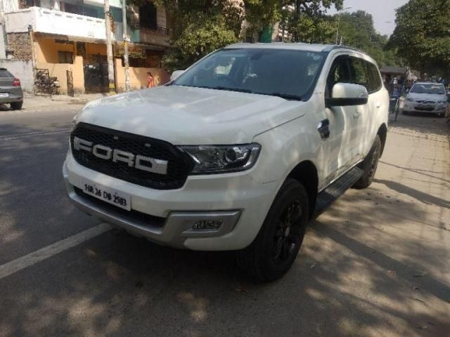 Ford Endeavour Trend 2.2 4x2 AT 2017