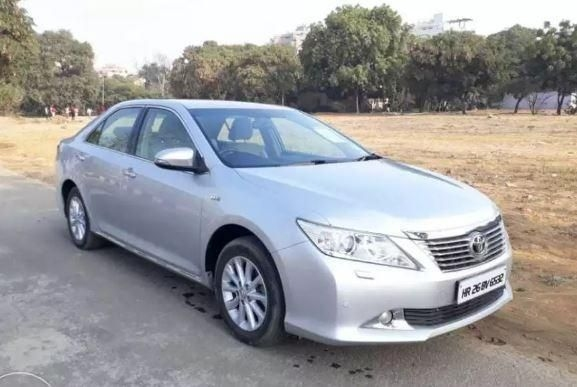 Toyota Camry 2.5L AT 2012
