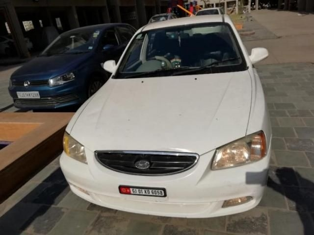 Hyundai Accent Executive CNG 2010