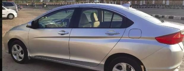 Honda City 1.5 V MT SUN ROOF 2014