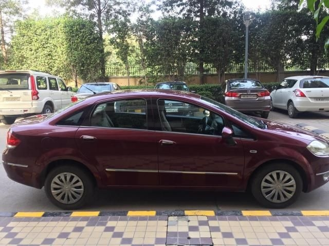Fiat Linea Emotion PK 1.3 MJD 2009