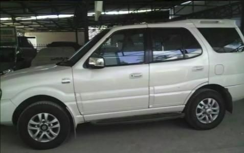Tata Safari 4X4 EX DICOR BS IV 2011