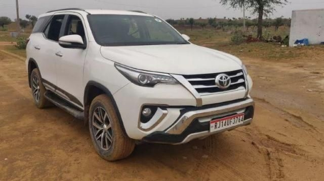 115 Used Toyota Fortuner in Jaipur, Second Hand Fortuner