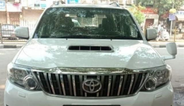 Toyota Fortuner 3.0 4x4 AT 2014