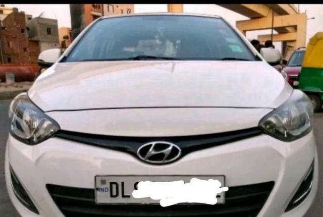 Hyundai i20 Asta 1.4 With AVN CRDi 6 Speed 2012