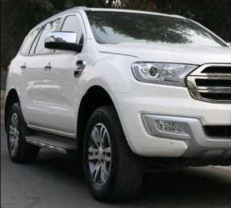 Ford Endeavour Trend 2.2 4x4 MT 2016