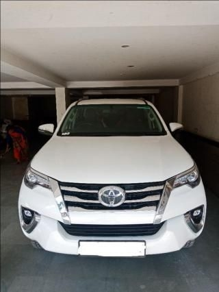 Toyota Fortuner 2.8 4x2 AT 2020