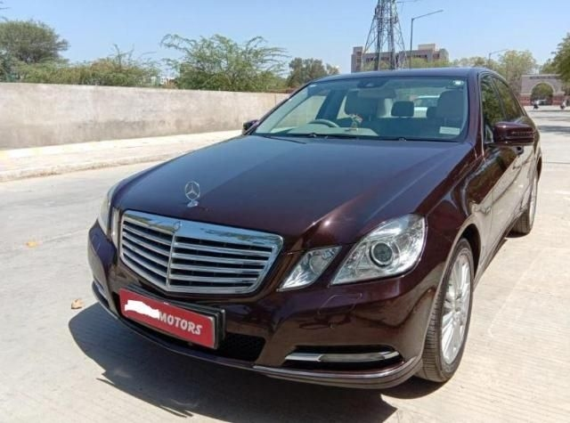Mercedes-Benz E-Class E220 CDI Blue Efficiency 2013