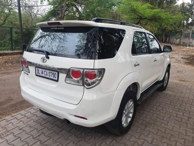 Toyota Fortuner 2.8 4x2 AT 2014