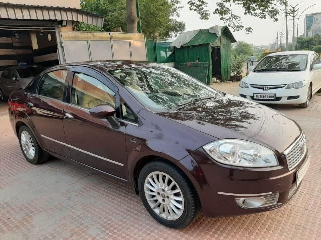 Fiat Linea Emotion T-Jet 2011